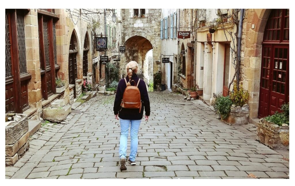 The Backpacking Housewife in beautiful Cordes sur Ciel in Tarn France